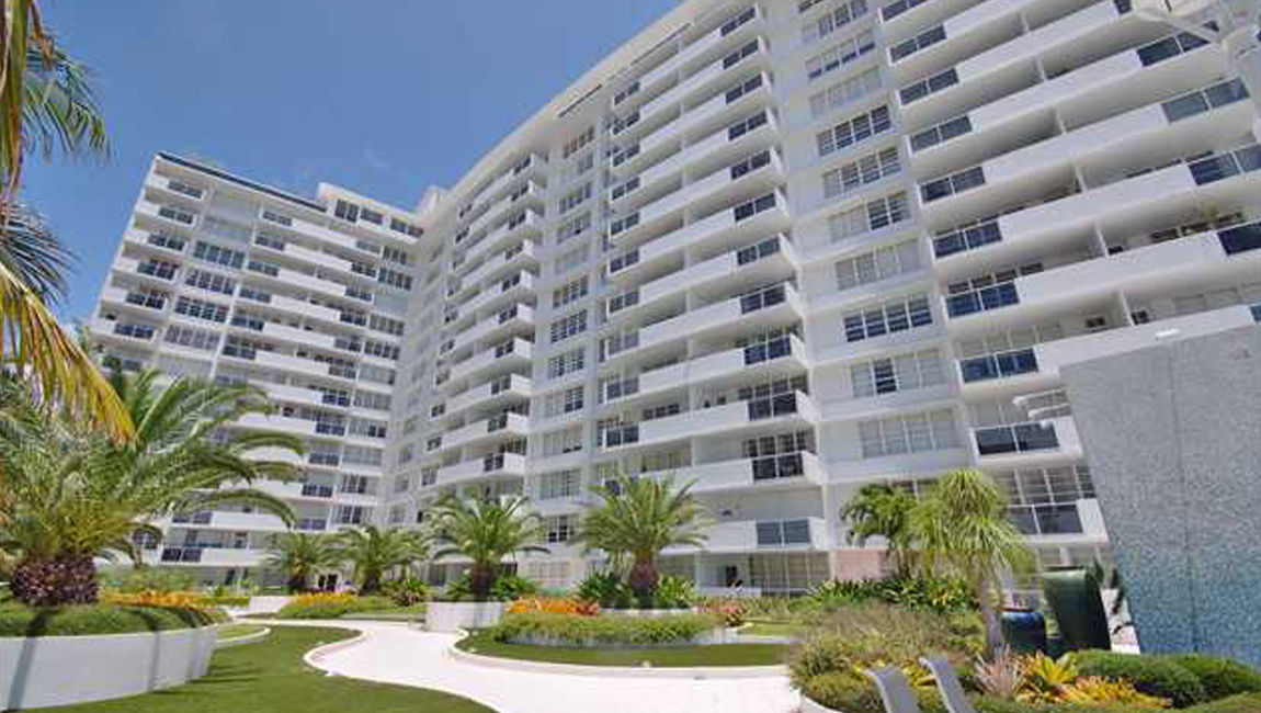 Decoplage Condominium – Miami Beach, Florida